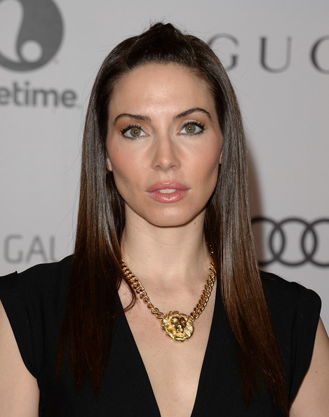 Whitney Cummings Half Up Half Down [hair,eyebrow,beauty,fashion model,human hair color,hairstyle,chin,long hair,jewellery,black hair,whitney cummings,arrivals,beverly hills hotel,california,hollywood reporter,annual women in entertainment breakfast,the hollywood reporter]