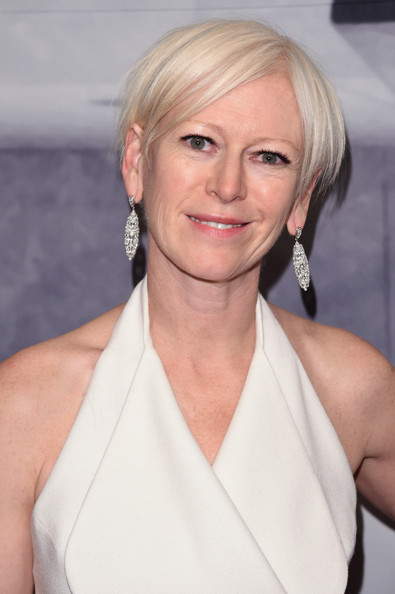 More Pics of Joanna Coles Layered Razor Cut (1 of 3) - Short Hairstyles Lookbook - StyleBistro [whitney gala,joanna coles,louis vuitton,hair,blond,face,hairstyle,eyebrow,chin,lip,shoulder,premiere,dress,new york city,the breuer building,cosmopolitan]