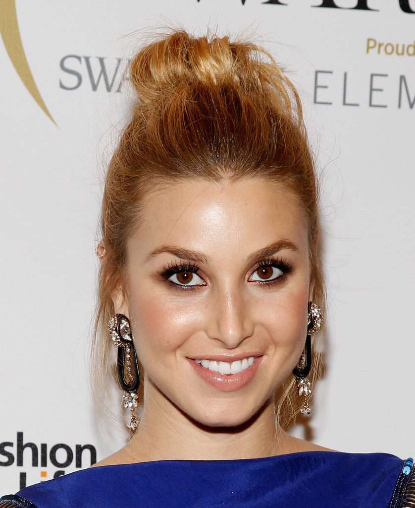 she always has such a great natural blonde   Whitney port