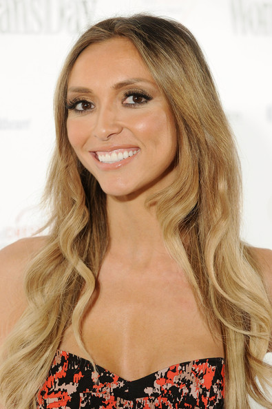 More Pics of Giuliana Rancic Long Curls (1 of 5) - Giuliana Rancic Lookbook - StyleBistro