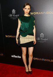 Libby Woodbridge went the ultra-modern route in a tricolor mini dress with draped detailing during the 'Woman in Gold' premiere.