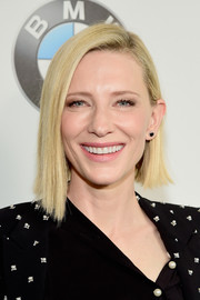 Cate Blanchett looked hip with her sleek straight asymmetical cut at the 2016 Crystal + Lucy Awards.