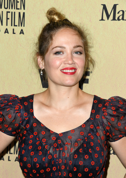 Erika Christensen opted for a casual top knot when she attended the 2019 Women in Film Gala.