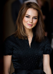 Kara Tointon looked lovely at the 2011 Women in Film and TV Awards with her chestnut hair cut in soft layers.