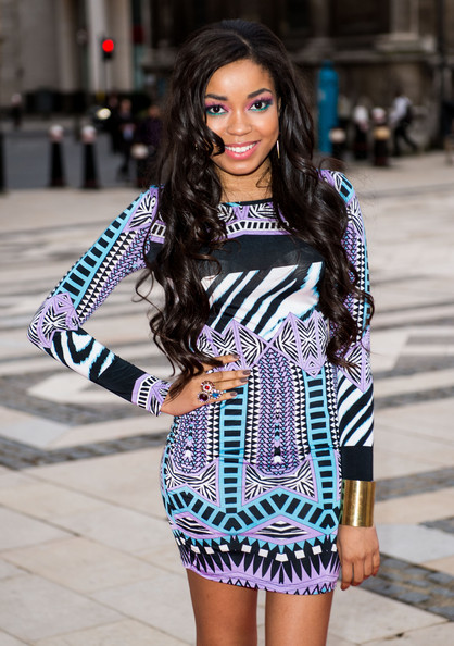 More Pics of Dionne Bromfield Bright Eyeshadow (5 of 7) - Dionne Bromfield Lookbook - StyleBistro