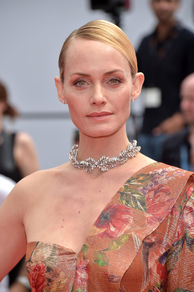 Amber Valletta opted for a slicked-down, side-parted chignon when she attended the Cannes Film Festival screening of 'Wonderstruck.'