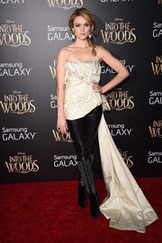 Erin Richards went for a princess-with-an-edge look with this frothy strapless top and leather pants combo at the premiere of 'Into the Woods.'