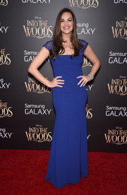 Tammy Blanchard looked very refined at the premiere of 'Into the Woods' in a royal-blue gown with lace cap sleeves.