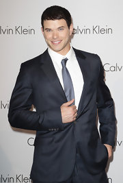 Kellan looked daper in a navy suit with a short, styled cut.