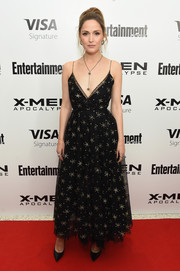 Rose Byrne looked sublime in a star-embellished, spaghetti-strap gown by Valentino at the 'X-Men: Apocalypse' New York screening.