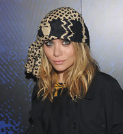 Ashley topped off her look with a tied turban-like head scarf. Hot or not?
