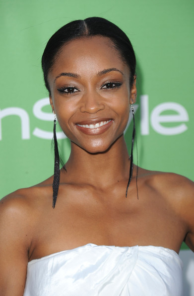 Yaya DaCosta Feathered Earring