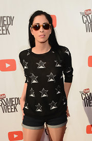 Sarah Silverman was casual and quirky in jean shorts and a print sweater at 'The Big Live Comedy Show.'
