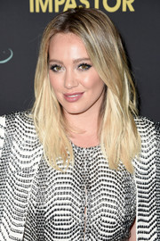 Hilary Duff wore her hair loose with a center part and barely-there waves at the premiere of 'Younger' season 3.