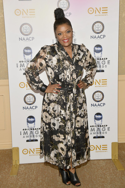 Yvette Nicole Brown Ankle Boots []