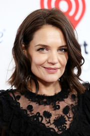 Katie Holmes wore her hair in feathery waves at Z100's Jingle Ball 2018.