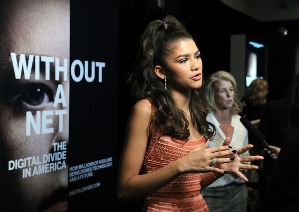 Zendaya Coleman Dark Nail Polish [beauty,fashion,event,flash photography,brown hair,model,long hair,fashion design,style,black hair,rory kennedy,zendaya,without a net,nyff special screening with zendaya,walter reade theatre,new york city,the film society of lincoln center,screening]