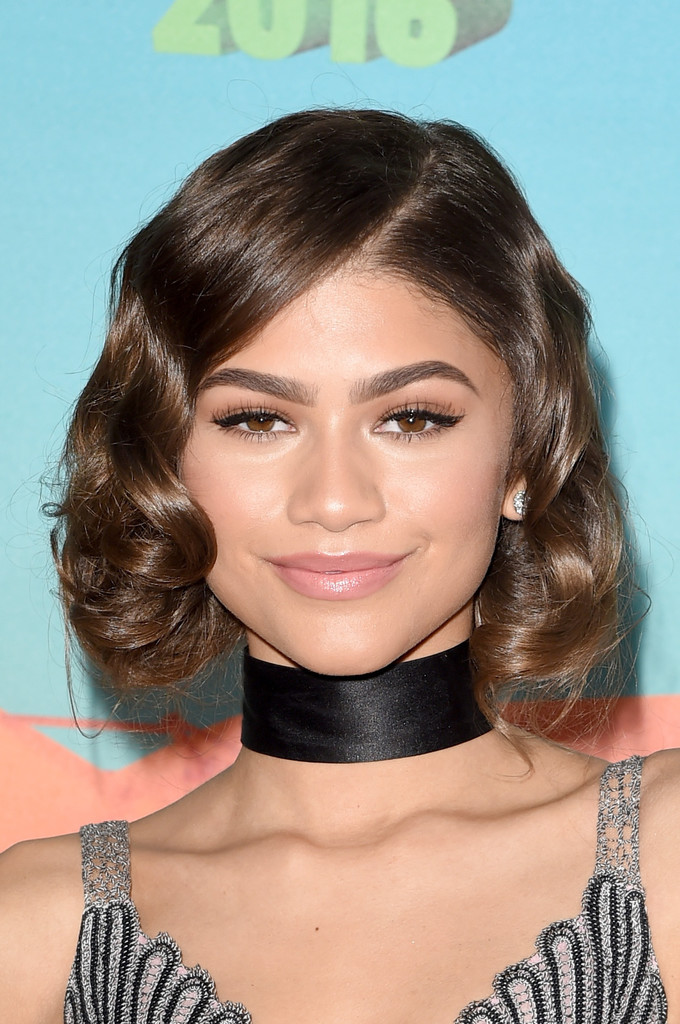 haircuts for faces hair zendaya coleman curled out bob hairstyles lookbook 4430