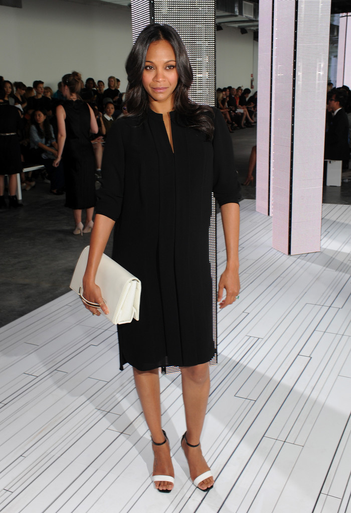 Zoe Saldana Leather Clutch Zoe Saldana Looks Stylebistro
