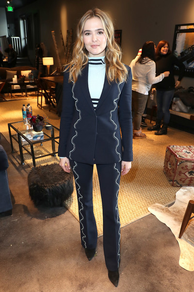 Zoey Deutch Pantsuit [fashion model,fashion,flooring,formal wear,suit,outerwear,blazer,jeans,girl,fashion design,zoey deutch,utah,park city,creators league studio,sundance film festival]