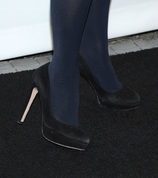 Zooey Deschanel Pumps