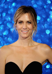 Kristen Wiig attended the 'Zoolander No. 2' London fan screening rocking a messy ponytail.