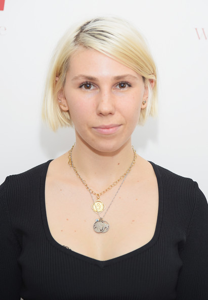 Zosia Mamet Bob [zosia mamet,wie symposium,hair,face,blond,hairstyle,chin,eyebrow,beauty,neck,necklace,jewellery,the puck building,new york city]