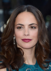 Berenice Bejo's deep raspberry lips popped against her olive skin.
