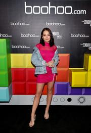 Kelli Berglund was sporty-sexy in a side-striped fuchsia mini dress at the Boohoo Block Party.
