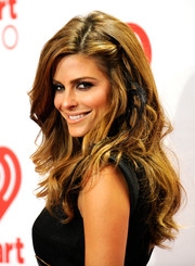 Maria Menounos looked edgy-glam at the iHeartRadio Music Festival with this long wavy 'do.