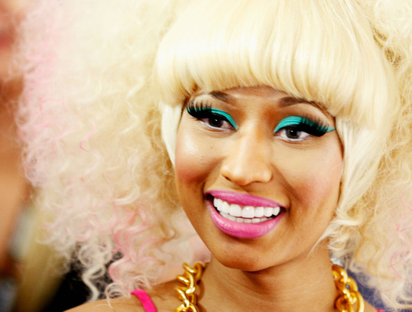 Nicki Minaj loves her hot pink lipstick and as always it looked beautifully bright at the iHeartRadio music festival.