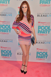 Alyssa wore this striped slouchy dress backstage at the iHeartRadio Ultimate Pool Party.
