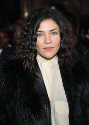 Jessica Szohr attended the LA premiere of 'xXx: Return of Xander Cage' wearing her hair in high-volume shoulder-length curls.