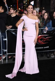 Deepika Padukone was sweet and glam in a pink off-one-shoulder gown by Ralph & Russo at the LA premiere of 'xXx: Return of Xander Cage.'