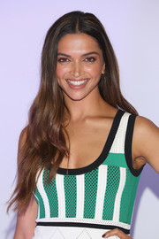 Deepika Padukone attended the Mexico photocall for 'xXx: Return of Xander Cage' wearing gorgeous center-parted waves.