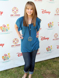 What is Debby Ryan's best look?