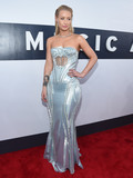 Who was best dressed at the 2014 VMA Awards?
