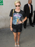 Who looks chicest in a T-shirt?