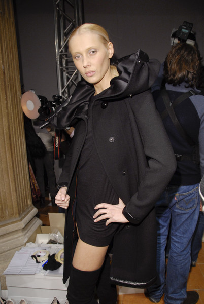 6267 at Milan Fall 2008 (Backstage)