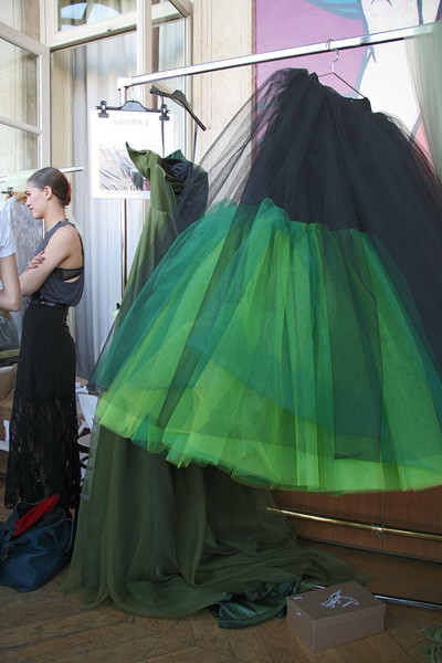 Alexis Mabille Fall 2011 - Backstage