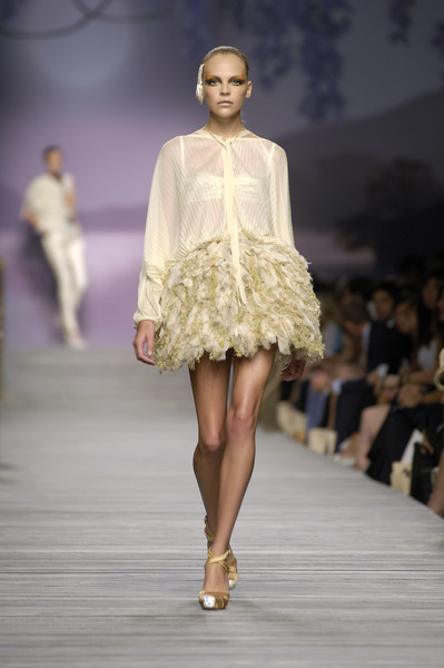 Amuleti J at Milan Spring 2007