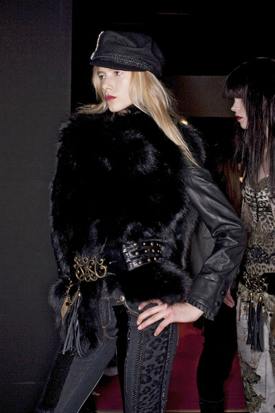 Angelo Marani Fall 2009 - Backstage