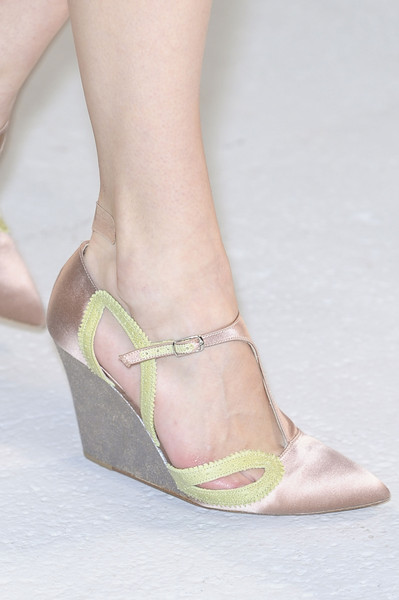 Anne Valérie Hash Spring 2013 - Details