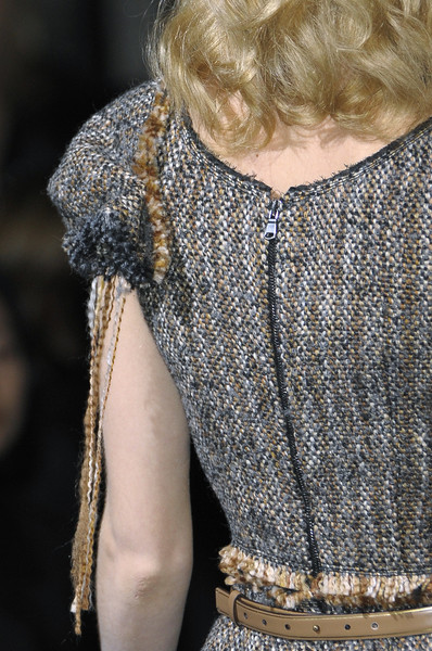 Aquilano.Rimondi at Milan Fall 2010 (Details)
