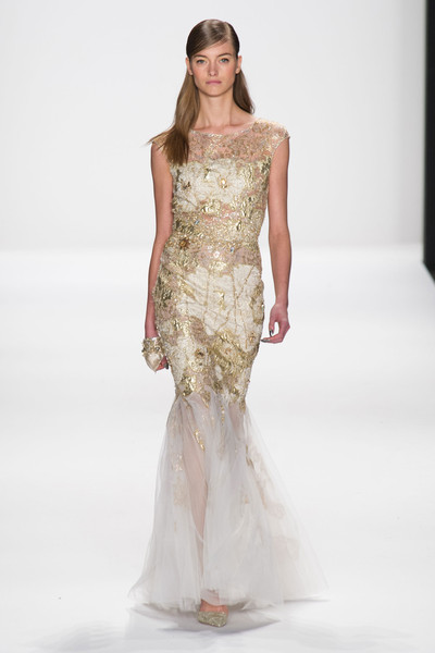 http://www1.pictures.stylebistro.com/it/Badgley+Mischka+Fall+2014+5E3j6_2aS9bl.jpg