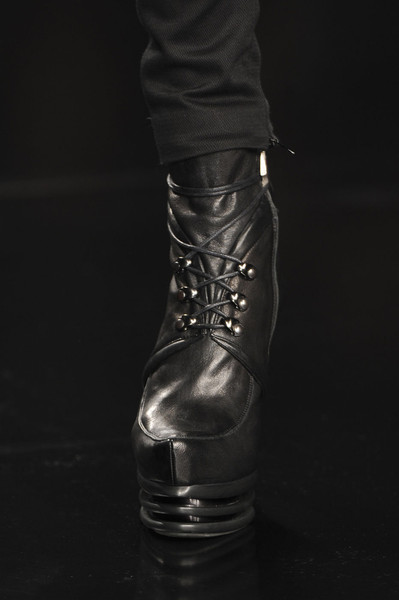 Byblos Fall 2011 - Details