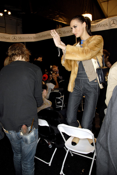 Chado Ralph Rucci Fall 2007 - Backstage
