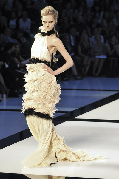 chanel couture fall 2009 the most mind blowing couture gowns of