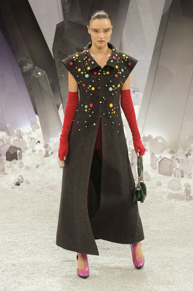 http://www1.pictures.stylebistro.com/it/Chanel+Fall+2012+n6aOxZF4hlGl.jpg