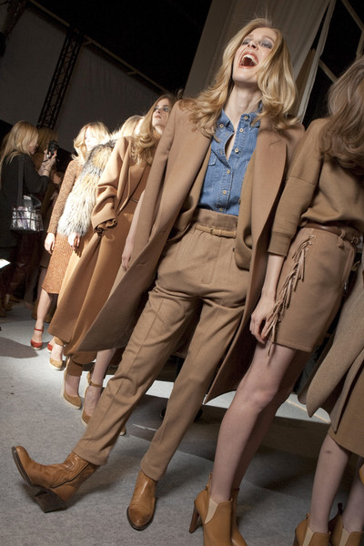 Chloé Fall 2010 - Backstage